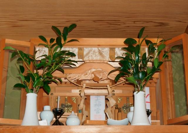 事務所・お店・家・マンションなど、場所別にみる神棚設置の注意点